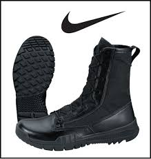 nike winter boots womens canada 25 best nike sfb ideas on nike sfb boots nike boots