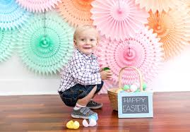 Easter Backdrops How To Make A Paper Fan Photo Backdrop For Your Next Party Evite