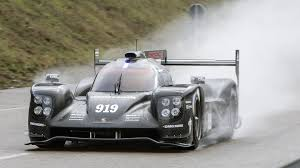 porsche 919 top view porsche reveals resculpted 919 hybrid le mans prototype