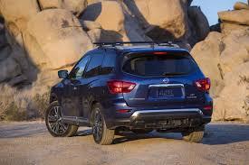 black nissan pathfinder 2017 2017 nissan pathfinder gets five star crash test rating from ncap
