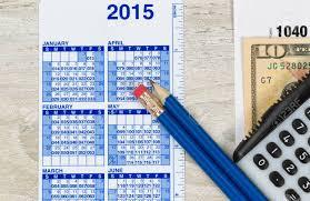 bureau d impot forme impôt américaine 1040 avec la calculatrice calendrier la
