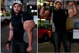 pria ini miliki otot tangan seperti popeye paling seru