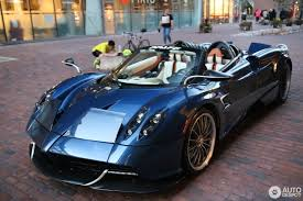 pagani huayra amg engine pagani huayra roadster 1 september 2017 autogespot