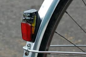 bicycle rear fender light review pdw fenderbot rear light road cc