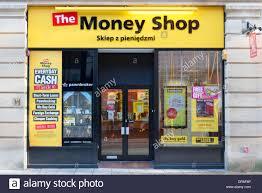 bureau de change peterborough lenders stock photos lenders stock images alamy