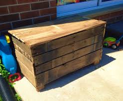 Making A Simple Toy Box by Diy Simple Diy Outdoor Storage Box Designs And Colors Modern