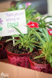 flower pot favors and unique birthday party favors for preschoolers