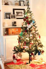 wonderful living room christmas home design inspiration featuring