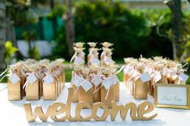 party favor ideas for wedding 17 wedding welcome bags and favors your guests will