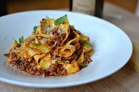 recette cuisine italienne pâtes à la sauce bolognaise maison la véritable recette italienne