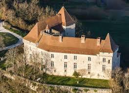 chateau pour mariage château de goudourville vu du ciel location pour fête mariage