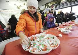 Seeking Who Plays Santa Santa Seeking Help In Stevensville Local News Heraldpalladium