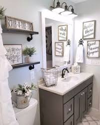 ideas on how to decorate a bathroom 3 tips add style to a small bathroom small bathroom decorating