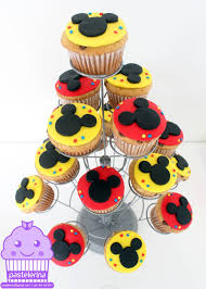 mickey mouse cupcakes best 25 mickey cupcakes ideas on mickey cakes mickey