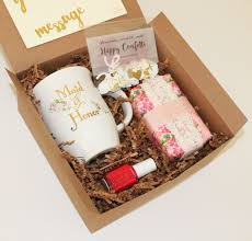 wedding gift experience ideas best 25 bridal party presents ideas on wedding party