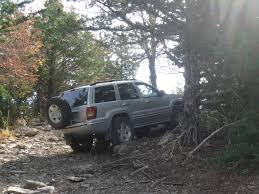jeep comanche spare tire carrier spare tire mount opinions jeepforum com