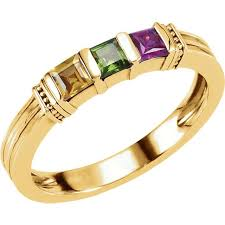 gold 1 to 3 square stones s ring