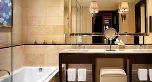 What Is The Measurements Of A King Size Bed Encore Resort Suite Luxury Hotel Suites Encore Las Vegas