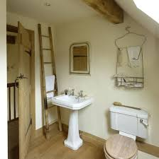 cottage bathroom ideas 162 best country cottage kitchens and bathrooms images on