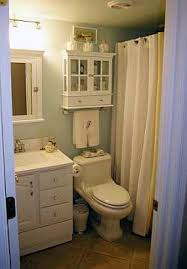 Ideas For Decorating A Small Bathroom by 28 Bathroom Decorating Ideas For Small Bathrooms Bathroom