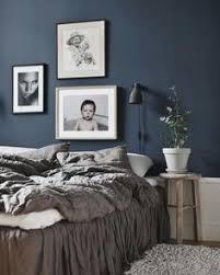 This Bedroom Design Has The Right Idea The Rich Blue Color - Dark blue bedroom design