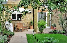 House Gardens Ideas Ideas For Your Terraced House Garden 4 Celebrating