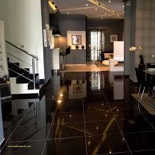 cuisine blanche sol noir carrelage granit brillant pour carrelage salle de bain nouveau salon