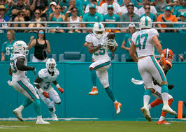 dolphins injury update cb xavien howard in byron maxwell out