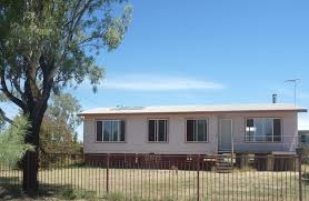 38 campbell street mungindi real estate agent prosser hutton