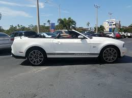 pre owned ford mustang pre owned 2010 ford mustang gt premium convertible with navigation