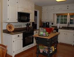 Espresso Painted Kitchen Cabinets by Classy Traditional Kitchen Decors Ideas With Espresso Butcher