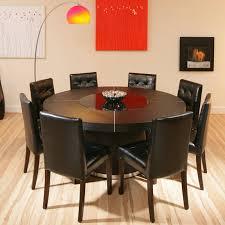 Esszimmer Design Schwarz Weis Kontraste Weißer übergroßer Stuhl Möbelideen