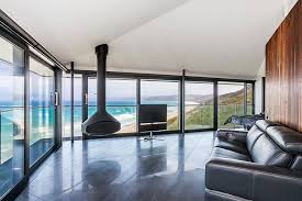 House Design Companies Australia This Unbelievable House In Australia Seems To Float Above The Sea