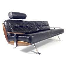 canape cuir et bois canapé en cuir noir métal et bois walter knoll 1950 design market