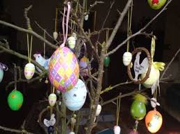 Easter Lantern Decorations by Easter Tree And Decorations Mousy Brown U0027s House Creating