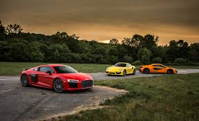 2016 audi r8 wallpaper 1366x768 2017 audi r8 v 10 1366x768 resolution hd 4k wallpapers