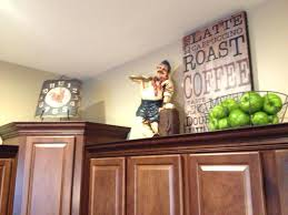 Decorating Ideas For Above Kitchen Cabinets Ideas For Decorating Above Kitchen Cabinets U2013 Iner Co