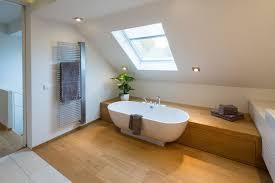 badezimmer mit dachschräge bad mit dachschräge 8 dinge die sie beim planen beachten sollten