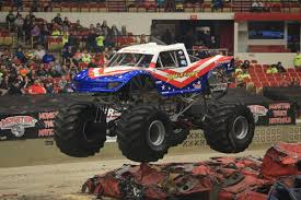 bigfoot the monster truck bigfoot 4x4 bigfoot 4x4 twitter