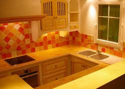 carreler une cuisine le plan de travail à carreler pour cuisine rustique ou provençale