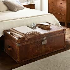 banc pour chambre 40 idées pour le bout de lit coffre en images