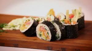 cuisiner sushi ricardo cuisiner un maki trio de la mer sushi