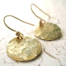 gold disc earrings small simple hammered disc earrings becoming jewelry