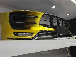 Porsche Macan Yellow - porsche macan