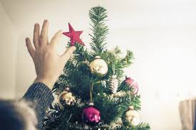 when is 12th night 2017 time to take your christmas tree and