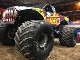 monster truck show syracuse ny vroom vroom monster jam rolls into syracuse this weekend