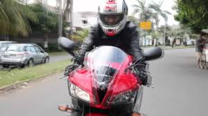cbr 600 dealer cbr 600rr ride fastline indonesia youtube