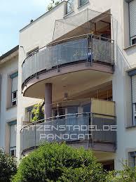 katzenschutz balkon panocat fast unsichtbare katzensicherung spielen klettern