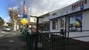 le bureau pau pau un bureau de tabac braqué avenue péboué ce vendredi