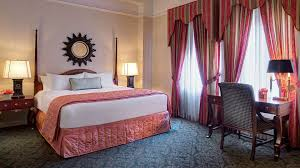 classic guest room amway grand plaza